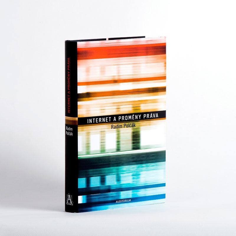 Internet a proměny práva - grafický návrh a sazba knihy.